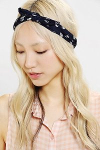 kerchief headwrap